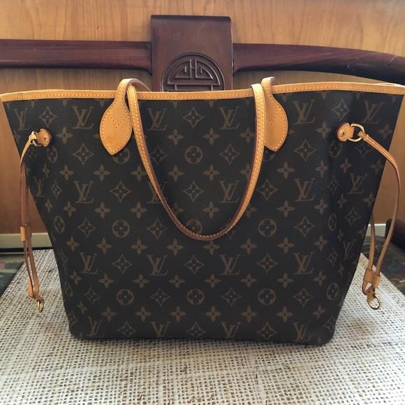 VGUC Louis Vuitton Neverfull MM Monogram tote bag